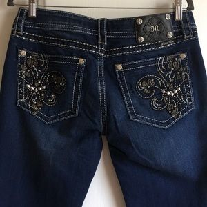 Miss Me Size 31 Like New Dark Wash